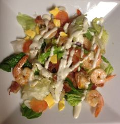 Salad with lettuce, tomatoes, bacon, cheese ans shrimps! so Yum!!!