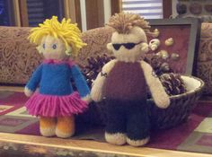 These are Kuku Dolls that I made for my granddaughter. She named them Lulu and Spike.  They are knitted and felted.  Pattern is from The Dolly-Mamas at http://thedolly-mamas.com/