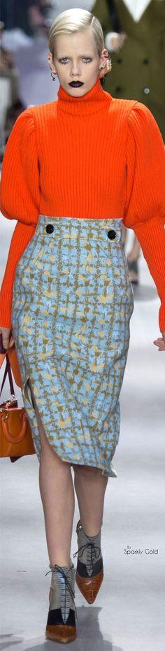 Christian Dior Fall 2016 RTW- Georgeous Jumper, The Colour, The Shape.