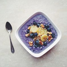 Blueberry podpie , with bananas