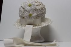 Vintage Easter Hat White Straw and Ribbon by DownMoorefieldLane, $12.00  I think I had one like this - I remember the ribbon