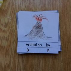 Znělé a neznělé souhlásky Montessori, Teaching, Cover, Books, Image, Libros, Book, Education, Blanket