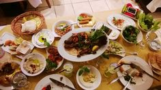 Al Tannour Restaurant, Crowne Plaza - Sheikh Zayed Road. An awesome dinner location for Lebanese cuisine !