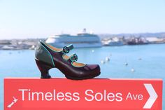 Imagine cruising the world in these gorgeous shoes from John Fluevog. John Fluevog Shoes, Low Heels, Shoes Online, Character Shoes, Dance Shoes, Footwear, Vacation, Lady, Boots