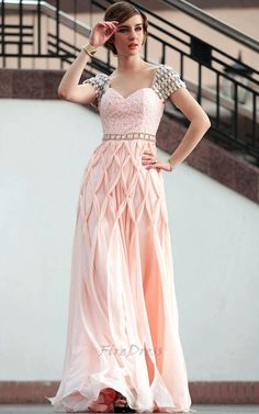 old fashion clothes picture - Old Fashioned Dresses For Women ...