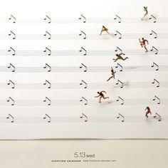 Highlights from Artist Tatsuya Tanaka's Daily Miniature Photo Project Creative Photography, Art Photography, Miniature Calendar, Miniature Photography, Photo Images, Tiny World, Music Humor, Mini Things, Hurdles