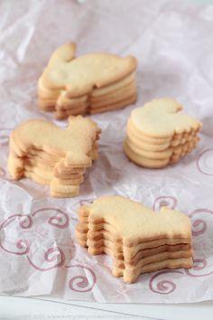 Every Cake You Bake: Wielkanocne lukrowane ciasteczka kardamonowe Cardamon Cookies, German Cookies, Easter Cookies, Cannoli, Truffles, Baking, Sweet, Cooking Ideas, Breads
