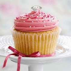 Pink Champagne Cupcake - this is the best pink frosting color