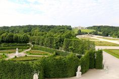 Stay at Schönbrunn palace & experience a unique atmosphere of the former imperial summer residence. Book the grand suite & get fascinated by the history. Austria, Palace, Princess, Unique, Room, Free, Beautiful, Bedroom, Palaces