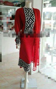 Pakistani Dresses Casual, Pakistani Dress Design, Sindhi Dress, Fancy Kurti, Kurta Style, Dresses Kids Girl, Applique Dress, Kurta Designs, Kurtis