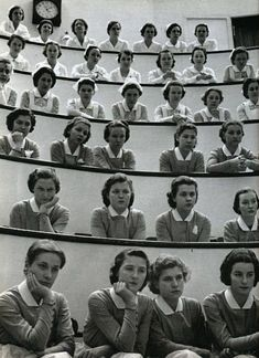 Student nurses in the amphitheater of Roosevelt Hospital, New York, 1938. Photo by Alfred Eisenstaedt.
