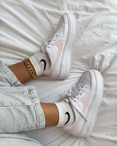 Image may contain: shoes Source by el_unicorn shoes Converse Sneaker, Puma Sneaker, Sneaker Outfits, Sneakers Mode, Best Sneakers, Sneakers Fashion, Fashion Shoes, Nike Fashion, Fashion Clothes