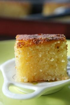 Foodisterie - Lifestyle - Home-Made Arabic Sweets, Arabic Food, Sweet Recipes, Cake Recipes, Dessert Recipes, Cupcakes, Algerian Recipes, Yummy Cakes, No Bake Cake
