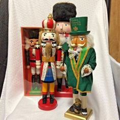 Lot of 4 Christmas Nutcracker Figurines Soldiers King Irish Mayor Parts Only #Unknown