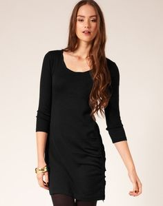 I was looking for a plain black lbd for winter and today I finally found it.