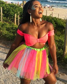 Blacklight Party, Mademoiselle, Rave Outfits, Dance Costumes, Halloween Makeup, Mardi Gras, Black Women, Pin Up, Hair Beauty