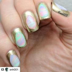 These are so creative and cool!! #Repost @snh001 with @repostapp ・・・ Inspired by #eastereggs, or just marble the damn things?  Well it's 3 a.m. and I spent entirely too much time on these. I #watermarbled with #peachtreepolish Spring Collection then I used liquidlatex to make the Easter egg shapes, painted over it with #sallyhasen Liquid Gold and removed the latex. I freehanded the outline to make it pop! . . . . Spring Has Sprung 🌷🌱☀️ ~ available NOW!! Shop our store for 🔸Peachtree…