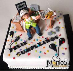 Torta para Ingeniero Electronico con detalles únicos en ella, vivita la pagina de Monica pastas y Dulces
