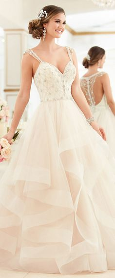 Delicate Tulle V-neck Neckline A-line Wedding Dresses With Beaded Embroidery