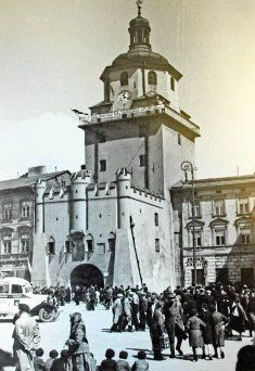 Lublin Poland 1937 My Kind Of Town, Old Pictures, Wwii, Poland, Black And White, City, Building, Places, Ancestry