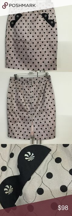 New Marc Jacobs pencil skirt New with tag. Retro design Marc Jacobs pencil skirt in pink and black lace. Fully lined in pastel pink. Great for holiday gathering Marc Jacobs Skirts Pencil