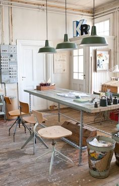 someday. I will have a studio space like this - how could you not be creative here?! Inspiration in White: Studio Decor - lookslikewhite Blog - lookslikewhite