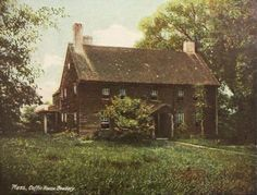 Coffin House,Newbury,MA,1907 postcard (The original section was built in 1678)