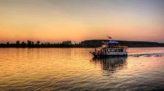На лепом златном Дунаву