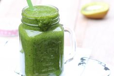 Kiwiboost smoothie | Kiwi | Smoothie | Groen | Green | Banaan | Banana | Drinken | Drink | Gezond | Healthy | Dreambody transformation | De Levensstijl | Asja Tsachigova