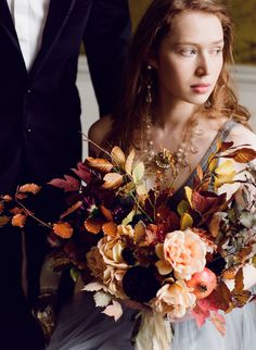 Planning A Fantastic Flower Wedding Bouquet – Bridezilla Flowers Fall Bouquets, Fall Wedding Bouquets, Fall Wedding Flowers, Autumn Flowers, Floral Bouquets, Autumn Bride, Wedding Venue Inspiration, Wedding Ideas, Wedding Designs