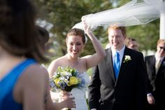 This veil would have stayed in place if she had known about @savetheveil.com