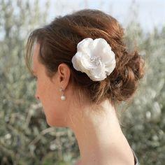 Haarbloem Leona van Wit en Zilver