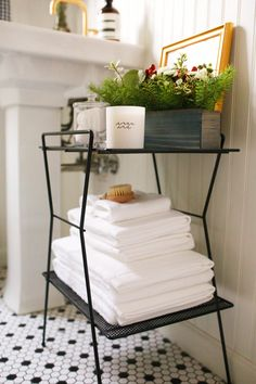 Holiday Guest Prep - Get Your Bathroom Ready for Out of Town Guests - Welcome Package