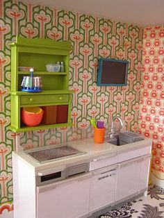 DIY Barbie House - A LOT of good info for both buying and making barbie house furniture