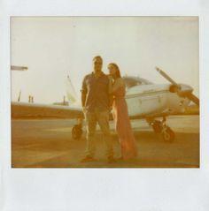 { Dzesika } Devic Fotos » Sonia + Raphael | Engagement #vintage #plane #inspiration