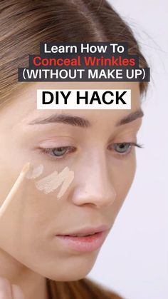 Here's a Great Solution Recommended by Beauty Experts for Firmer, Younger Looking Skin. Sun Spots On Skin, Brown Spots On Hands, Dark Spots, Younger Skin, Younger Looking Skin, Beauty Tips For Hair, Health And Beauty Tips, Spots On Forehead, Skin Moles