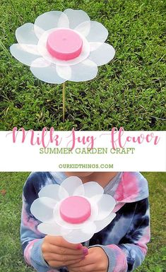 Milk Jug Flowers Summer Garden Crafts Do not let the dimensions Garden Crafts For Kids, Recycled Crafts Kids, Diy Garden Projects, Summer Crafts, Projects For Kids, Craft Kids, Garden Ideas, Eco Craft, Preschool Projects