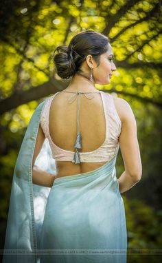 Girl Next Door Fashion. Try to understand and apply what you just read. This article is going to teach you some things you don't know about fashion. Beautiful Girl Indian, Beautiful Saree, Beautiful Indian Actress, Beautiful Blouses, Saree Backless, Most Beautiful Bollywood Actress, Sari Blouse Designs, Elegant Saree, Beauty Full Girl