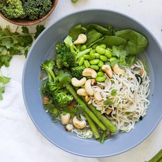 Lotus Foods Rice Ramen Noodle Soup Cups contain just organic whole grain brown rice noodles along with spices and veggies. Never any artificial flavors, colors or preservatives. In this simple recipe, we've added fresh veggies to our Garlicky Veggie flavor cup to create a Green Goddess Veggie Soup that's ready in minutes! 🍜🥬