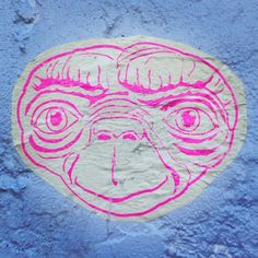 #ET #losangeles #melrose #streetart - Photo by locoliinda
