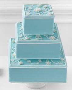"""Breakfast at Tiffany's"" Wedding Cake"