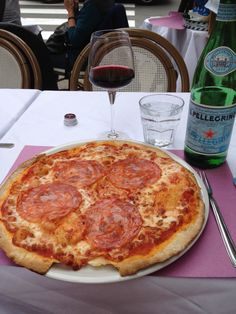 My first pizza in Rome! So good!