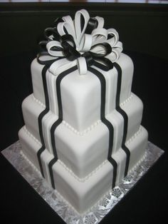 Elegant Modern Vintage Black White Square Wedding Cakes Photos WeddingWire.com