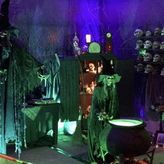 Visit the post for more. Halloween Garage, Halloween Yard Decorations, Couple Halloween Costumes, Halloween Party Decor, Halloween House, Holidays Halloween, Spooky Halloween, Outdoor Halloween, Halloween 2020