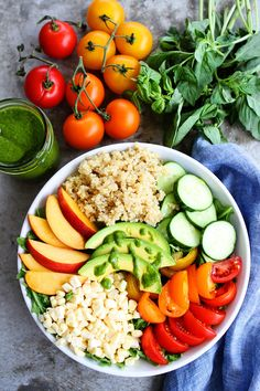 Look at that gorgeous bowl, it screams summer! It is great for lunch or dinner. I seriously could eat it every single day of the summer, and I just might. It is colorful, healthy, and soooooooo delicious!Use your farmers market or garden goods to make this Summer Quinoa Bowl. You can enjoy all of your summer favorites in ONE bowl!
