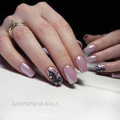 On average, the finger nails grow from 3 to millimeters per month. If it is difficult to change their growth rate, however, it is possible to cheat on their appearance and length through false nails. Are you one of those women… Continue Reading → Winter Nail Designs, Winter Nail Art, Cool Nail Designs, Winter Nails, Spring Nails, Cute Nails, Pretty Nails, Hair And Nails, My Nails