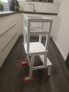 Learning Tower Ikea Hack More ikea DIY Learning Tower – Ikea Hack Ikea Hack Learning Tower, Kura Ikea, Stair Railing Design, Stair Treads, Railing Ideas, Wood Railing, Kitchen Helper, Ideias Diy, Ikea Furniture