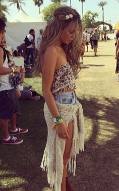 Loooove that hippie boho summer outfit #lace