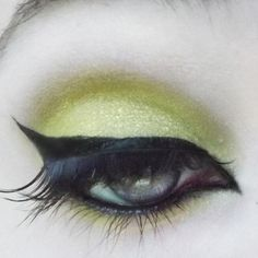 (Chartreuse w/ turquoise sparkle) Bright yellow-green shadow. Try it alone or as an accent in the inside corner of eyes! 100% Vegan and Cruelty-Free! Made in the U.S.A. All of our products always excl