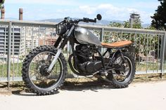 Yamaha Sr 250 Scrambler by Molitery Design Barcelona Cafe Racer Yamaha Cafe Racer, Yamaha 250, Moto Cafe, Barcelona Cafe, First Time Driver, Cafe Racing, Best Car Insurance, Street Tracker, Scrambler